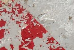 Pintura lascada em uma parede velha do emplastro, em um estilo da paisagem, em uma superfície concreta do grunge, em um grande fu fotografia de stock