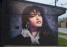 Pintura mural da parede de Selena por Theo Ponchaveli, Dallas, Texas fotos de stock