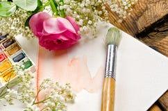 Pintura y cepillo de la acuarela Fotografía de archivo libre de regalías