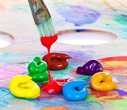 Pintura y cepillo de petróleo Imágenes de archivo libres de regalías
