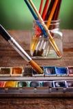Pintura y cepillos de Aristic Fotografía de archivo libre de regalías