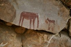 Pinturas de cuevas africanas imagen de archivo