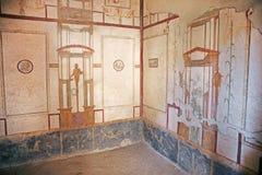Pinturas del fresco en las paredes romanas antiguas Imagenes de archivo