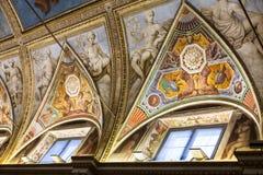 Pinturas do teto no museu ducal do palácio em Mantua Imagem de Stock
