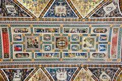 Pinturas en el techo del Duomo en Siena imágenes de archivo libres de regalías
