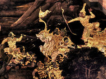 Pinturas murais na parede exterior do palácio Banguecoque Tailândia do rei Foto de Stock Royalty Free