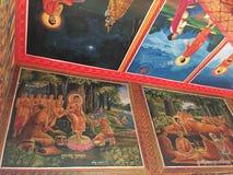 Pinturas murais no templo de Wat Preah Prom Rath em Siem Reap, Camboja imagem de stock royalty free