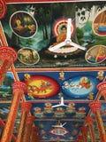 Pinturas murais no templo de Wat Preah Prom Rath em Siem Reap, Camboja imagem de stock