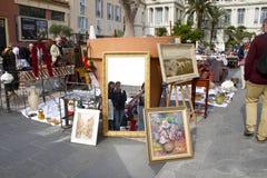 Pinturas y espejos imagen de archivo