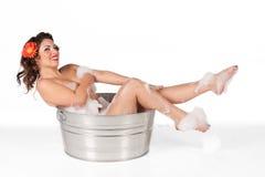 Pinup nella vasca Fotografia Stock Libera da Diritti