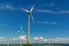 Pinwheel de uma planta de energias eólicas para a eletricidade Fotografia de Stock Royalty Free