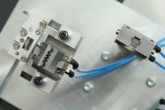 Pinza di presa del robot Fotografia Stock Libera da Diritti