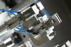 Pinza di presa del robot Immagini Stock Libere da Diritti