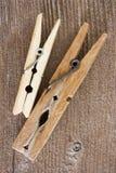 Pinzas de madera Imagenes de archivo