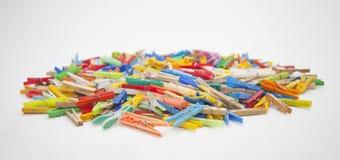 Pinzas multicoloras Foto de archivo