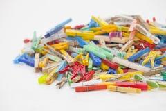 Pinzas multicoloras Imagen de archivo libre de regalías