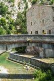 Piobbico, oude brug Stock Foto's