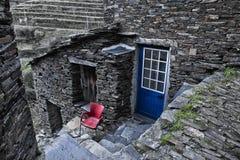 Piodao è un piccolo paesino di montagna molto vecchio, in Arganil, il Portogallo Fotografie Stock