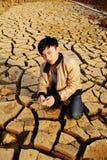 Pioggia aspettante dell'agricoltore Fotografia Stock Libera da Diritti