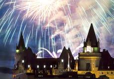 Pioggia dei fuochi d'artificio fotografie stock libere da diritti