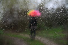 Pioggia e la gente Immagini Stock Libere da Diritti