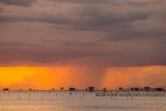 Pioggia nella sera fotografie stock libere da diritti