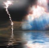 Pioggia, sole e lampo Fotografia Stock