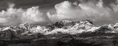 Piolit e Parias alza nell'inverno, alpi francesi, Francia Immagini Stock