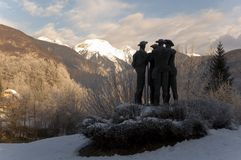 Pioneer statue in wilderness. A statue of pioneers at a scenic overlook in a mountain wilderness Stock Photos