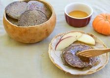 Pionierbuchweizenpfannkuchen Stockfotos