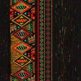 Pionowo ornamentacyjny bezszwowy wzór Ciemny etniczny tło royalty ilustracja