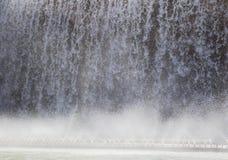 Pionowo przepływ woda Zdjęcia Stock
