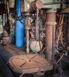 Pionowo stara wiertnicza maszyna Obrazy Stock