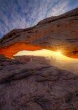 Wschód słońca przy mesa łukiem Obrazy Royalty Free