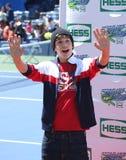 Piosenkarz Austin Mahone uczęszcza Arthur Ashe dzieciaków dzień 2013 przy Billie Cajgowego królewiątka tenisa Krajowym centrum zdjęcia stock