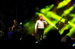 Piosenkarz Omer Adam wykonuje Zdjęcia Stock