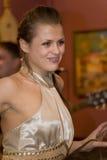 Piosenkarz, wokalista wystrzał grupa koktajl, Catherine Symagina Obraz Stock