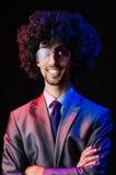 Piosenkarz z afro cięciem Fotografia Royalty Free