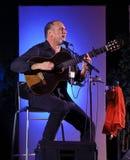 Piosenkarza izraelicki kompozytor David Broza obrazy stock