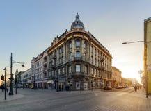 Piotrkowska街建筑学在罗兹 免版税库存照片