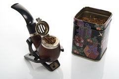 Pipe remplie de tabacco photo libre de droits