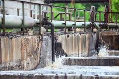 Pipelaines pour l'aération de l'oxygène des eaux d'égout Image stock