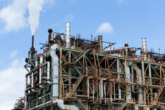 Pipelines of a oil and gas refinery industrial plant Royalty Free Stock Photography