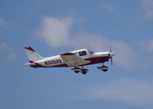 1977 Piper PA 28 taking off Royalty Free Stock Photography