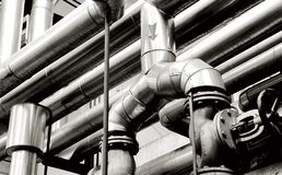 Pipes d'industrie et systèmes d'industrie images stock