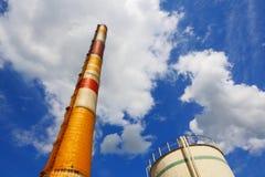 Pipes d'usine chimique Images libres de droits