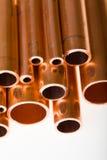 Pipes de cuivre de diamètre différent Photographie stock