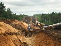 pipes den industriella pipelinen för områdesdetaljgas stålyellow Arkivbild