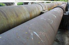 Pipes en acier rouillées Image stock