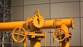 Pipes jaunes image stock
